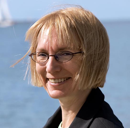 Esther Rützou, kasserer